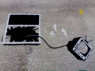 banksy-throw-away-tv